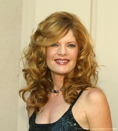 Love Michelle Stafford and her Red hair!