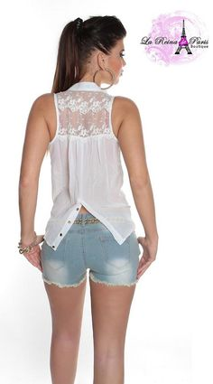 Trendy Tops, Casual Tops, Beautiful Blouses, Beautiful Outfits, White Fashion, Indian Fashion, Dressy Casual Outfits, Dress Indian Style, Fashion Outfits