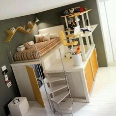 love that its a bed and a work space in one!
