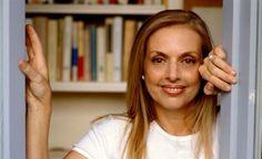 Antonella Boralevi (Firenze, 18 giugno 1953) è una scrittrice, conduttrice televisiva e autrice televisiva italiana.   #TuscanyAgriturismoGiratola
