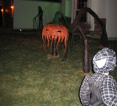 """The Gallows: Drop's Props - Latex Mache Sculpted """"Hanky"""" Haunted Maze, Halloween Creatures, Yard Haunt, Gallows, Favorite Holiday, Halloween Decorations, Sculpting, Benefit, Latex"""