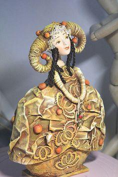 """Коллекционные куклы ручной работы. Ярмарка Мастеров - ручная работа Кукла-шкатулка """"Осенний вечер"""". Handmade."""