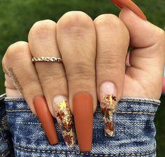Colors Fall Great Nail Nails Polish Trendy Great For Trendy Nails What nail polish colors are in for fall 2019 TrendyNails Aycrlic Nails, Glam Nails, Dope Nails, Hair And Nails, Coffin Nails, Matte Nails, Halloween Acrylic Nails, Fall Acrylic Nails, Metallic Nails