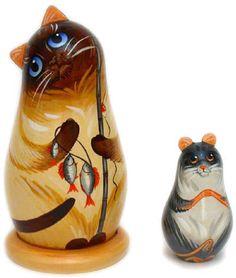 Cat and mouse Russian doll 2 pcs - €18.35 : Matryoshka dolls, Babushka dolls and Russian Nesting dolls Store