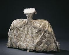 Wedding dress of Hedvig Elisabeth Charlotte of Sweden, 1774