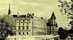 Un lieu mythique - Télégraphe78, Le Mag Satire, Etat Civil, Saint Louis, Saint Michel, Le Palais, Paris Ville, Louvre, Building, Places