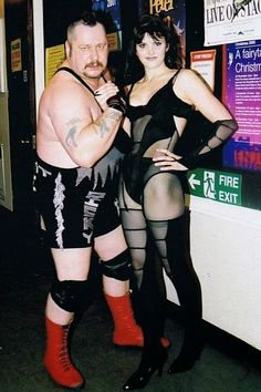 WWE Diva Paige's mom and dad....British wrestlers Sweet Saraya and Ricky Knight.