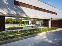 modern Houses by Daffonchio & Associates Architects