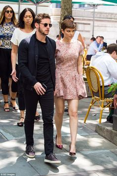 Together again! Jamie Bell and Kate Mara were out in Bryant Park on Tuesday... Jamie Bell, Billy Elliot, Kate Mara, Bryant Park, Fantastic Four, Celebs, Celebrities, Skirt Outfits, Movie Stars