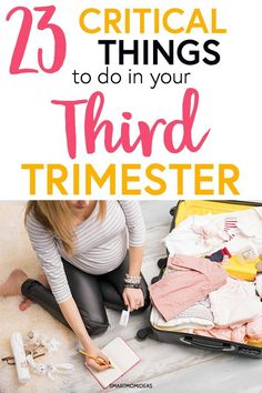 Third trimester to-do list to help new moms figure out what to do in the third trimester. Get your third trimester checklist that you totally need before baby arrives! Before Baby, After Baby, Bebe Love, Second Trimester, 3rd Trimester Pregnancy, All Family, Pregnant Mom, First Time Moms, Baby Needs