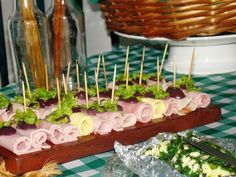 A decoração tema Boteco para festas é uma ótima ideia para aniversário, casamento, chá-bar e confraternização da empresa. Confira fotos e dicas!