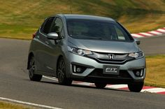015 Honda Jazz Price Review and Release Date - Honda jazz as a 5-door hatchback vehicle specification type 1: 51 SOHC engine type 4-cylinder, 16 valve i-VTEC + DBW + Tourque boost resonator.