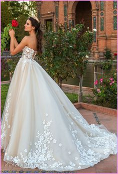 Plus size western wedding dresses - http://pluslook.eu/wedding/plus ...