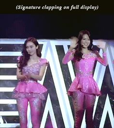 Jessica sooyoung misc jessica jung snsd:gifs 131012 allegedly there was a potato clutching her lightstick and sobbing (near the east exit) after jung was done with her intro *original link was taken down. have added a new link in the last caption snsd world tour
