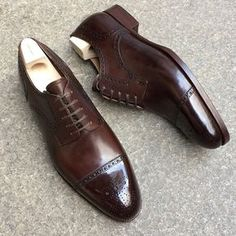 "853 Likes, 18 Comments - SAINT CRISPIN'S (@saintcrispins) on Instagram: ""Mod. 542ST - Straight toe cap dress derby in dark chocolate brown on classic last on Japanese soil…"""