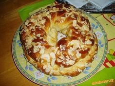 Nejúžasnejší pletenec, mazanec nebo vánočka Mexican Food Recipes, Sweet Recipes, Snack Recipes, Cooking Recipes, Czech Recipes, Russian Recipes, Easter Recipes, Sweet Tooth, Food And Drink
