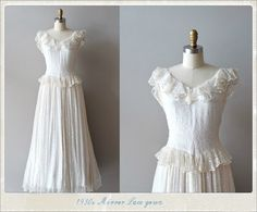 dear golden   vintage: The Vintage Bride I want this to be my wedding dress!