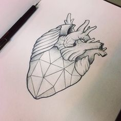 Coração geométrico heart sketch geometric tattoo
