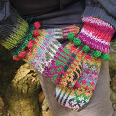 Ravelry: Krydrede luffer by Charlotte Kaae.  #mittenS:-)