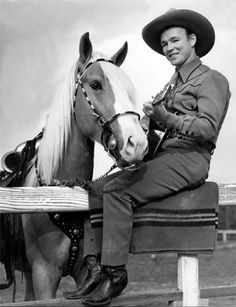 Western Movie & TV Photos from The Golden Age Radios, Dale Evans, The Lone Ranger, Roy Rogers, Happy Trails, Western Movies, Le Far West, Director, Vintage Hollywood