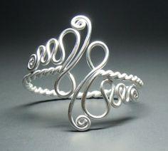 27 Free Wire Wrap Jewelry Tutorials DIY to make . - 27 Free Wire Wrap Jewelry Tutorials DIY to close - Wire Jewelry Designs, Metal Jewelry, Jewelry Crafts, Beaded Jewelry, Jewelry Ideas, Wire Jewellery, Cheap Jewelry, Jewelry Shop, Jewelry Rack