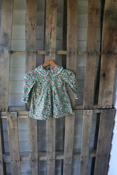 Vintage Green & Red Floral Long Sleeve Dress with Lace by vintapod