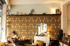 'La Chambre aux Oiseaux' is a cross between an English teahouse and a New York coffee shop | #Paris