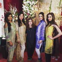 Farzeen with the models at the launch of #RaniEmaansLawn #Islamabad #happeningnow✨✨✨