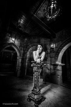 vampira black and white