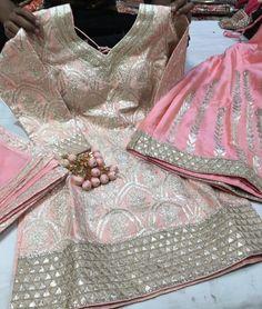 Pakistani Formal Dresses, Pakistani Outfits, Indian Dresses, Indian Clothes, Designer Punjabi Suits, Indian Designer Outfits, Indian Suits, Indian Wear, Patiala Salwar