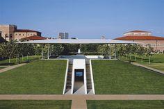 James Turrell's 'Twilight Epiphany' Skyspace at Rice University, Houston, Texas