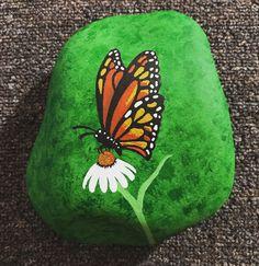 Rocks painted rocks, stone art painting и rock painting patterns. Painted Rock Cactus, Painted Rock Animals, Painted Rocks Kids, Rock Painting Patterns, Rock Painting Ideas Easy, Rock Painting Designs, Stone Art Painting, Pebble Painting, Pebble Art
