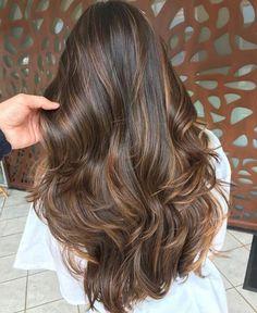 Balayage Hair Brunette Caramel, Brown Hair Balayage, Hair Color Balayage, Ombre Hair, Blonde Ombre, Brunette Highlights, Coloured Highlights, Caramel Balayage Highlights, Brown Hair With Caramel Highlights Dark