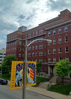 Home to juniors, seniors and graduate students, apartments in Humphrey Hall accommodate two to four students each. Marquette University bought this six-floor apartment building in 1988. The building and surrounding structures previously served as Children's Hospital of Wisconsin for 65 years. Humphrey Hall is named for Glenn Humphrey, a Milwaukee automobile dealer.