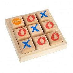 """Witajcie w Poniedziałek:) Dziś """"klasyka""""    Strategiczna, drewniana gra kółko i krzyżyk dla dzieci od lat 4.     Gracze stawiają na przemian kółko i krzyżyk.     Wygrywa ten gracz, któremu jako pierwszemu uda się ułożyć trzy znaki w jednej linii.     Kto z nas w nią nie grał ...     http://www.niczchin.pl/drewniane-zabawki-edukacyjne/3920-drewniana-gra-kolko-i-krzyzyk.html    #grakółkoikrzyżyk #niczchin #kraków #grastrategiczna"""