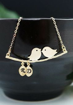 Love birds personalized necklace from EarringsNation