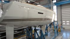 Keel going on. Bay Of Biscay, First Class, Boat Building, Southampton, Boats, Sailing, Candle, Ships, First Grade