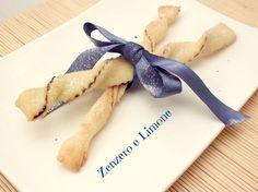 I torciglioni alla nutella sono dei dolcetti golosissimi da sgranocchiare in qualsiasi momento e semplicissimi da realizzare.