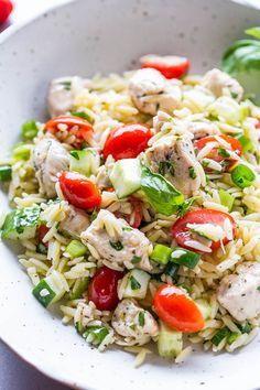 Orzo Salad Recipes, Easy Pasta Salad, Pasta Recipes, Easy Healthy Dinners, Easy Dinner Recipes, Dinner Ideas, Healthy Salads, Healthy Recipes, Fun Recipes
