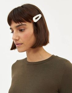 Farrow Coalie Marbled Alligator Clip in Pearl Cute hair clip #hairclip #haircliptrend