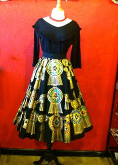 1950s Deadstock Hand Painted Mexican by THEGIRLCANTHELPITUSA, $225.00 Mexican Skirts, Circle Skirts, Thing 1, Vintage Wardrobe, 1950s Fashion, Pear, Hand Painted, Outfits, Black