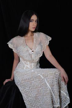 images about Modern Filipiniana Modern Filipiniana Gown, Filipiniana Wedding, Wedding Gowns, Grad Dresses, Formal Dresses, Filipino Wedding, Filipino Fashion, Hijab Dress, Traditional Dresses