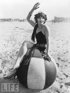 beach wear, 1922