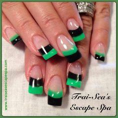 Green & Black by TraiSeasEscape - Nail Art Gallery nailartgallery.nailsmag.com by Nails Magazine www.nailsmag.com #nailart