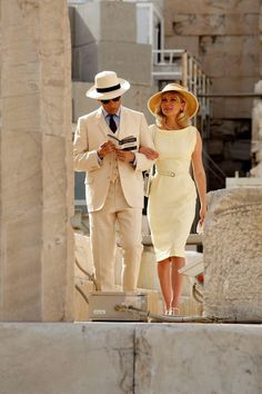 Kirsten Dunst & Viggo Mortensen on Location in Athens. Very classy Vintage Outfits, Classy Outfits, Vintage Fashion, Vintage Dress, Fashion Couple, Look Fashion, Fashion Outfits, Woman Fashion, Mens Fashion