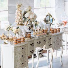 #Dessert_Table by #trufflecakeandpastry cake by #nadiaandco