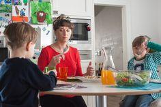 To miała być piękna jasna i czysta kuchnia, ale mówię sobie #nierobscen  Kocham swoje dzieci:)
