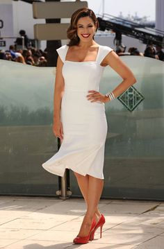 Kelly Brook looking feminine and fabulous at 2012 Cannes Film Festival in Project D dress