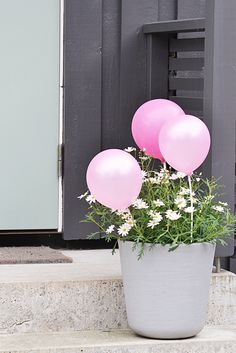 Et lite tips. Party Mix, Baby Party, 40 And Fabulous, 21st Party, Bubble Balloons, A Little Party, Water Party, Love Is Sweet, Garden Inspiration