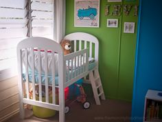 A simple 10 step tutorial for transforming your old crib into a new toddler loft bed for your little one.